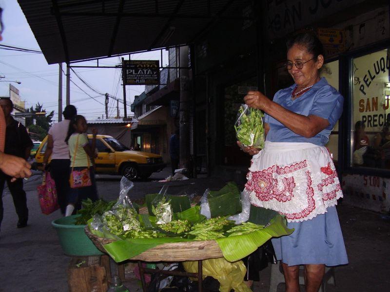 Informeller Handel – ein Obststand